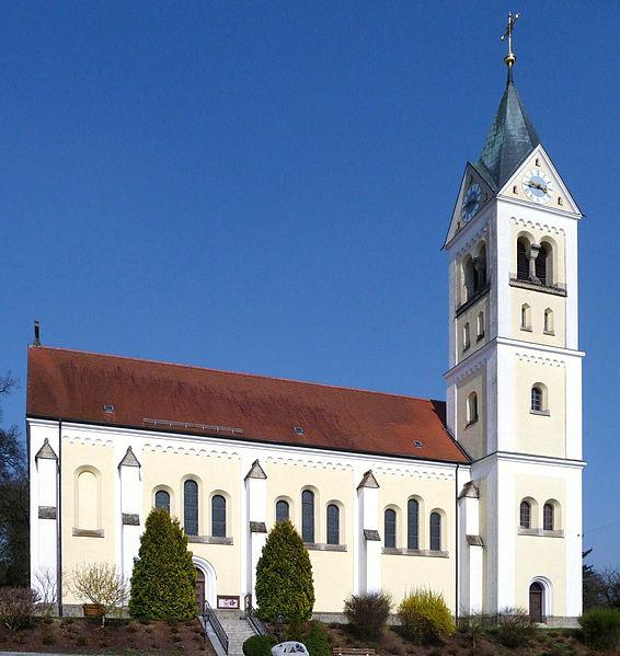 Katholische_Kirche_Ortenburg-2